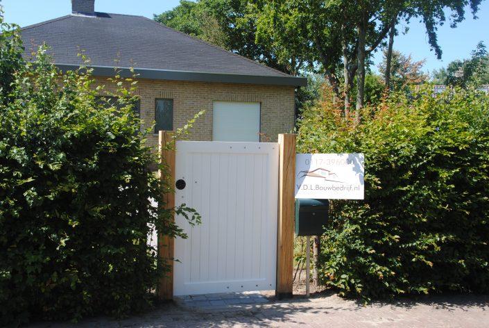 Houten tuinpoort gelakt Cadzand bad